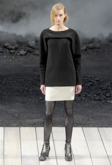 Chanel Fall 2011 Runway Review